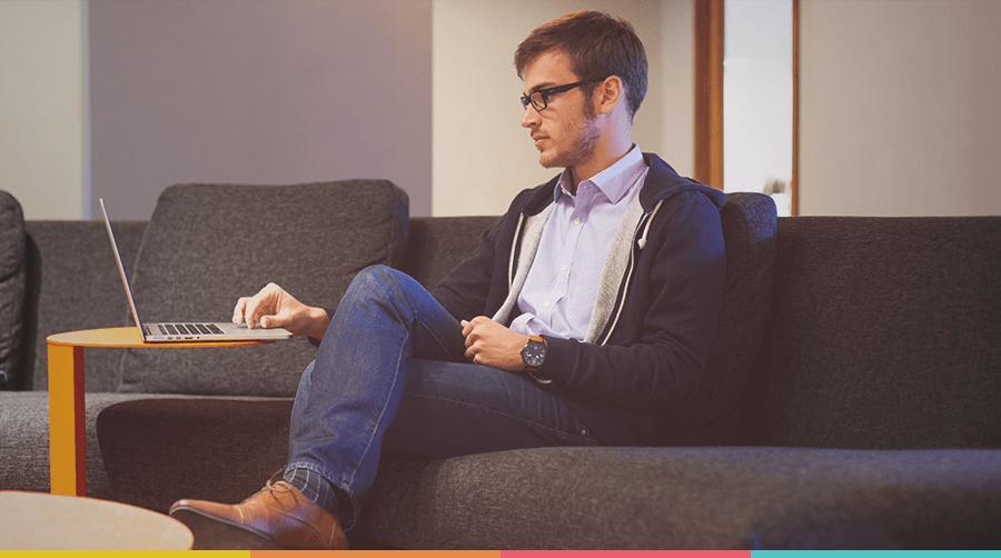 Produtividade e ergonomia: a melhor maneira de organizar sua mesa